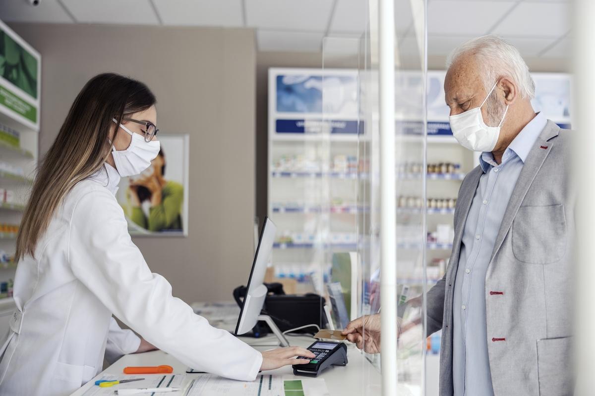 report PGEU sul ruolo dei farmacisti durante l'emergenza coronavirus