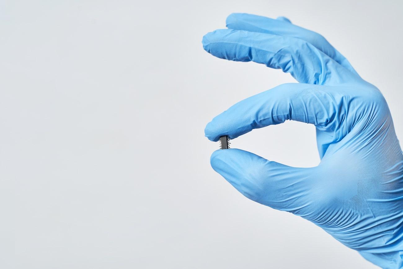 Microchip sotto pelle