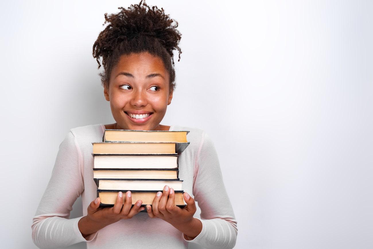 Studentessa e libri