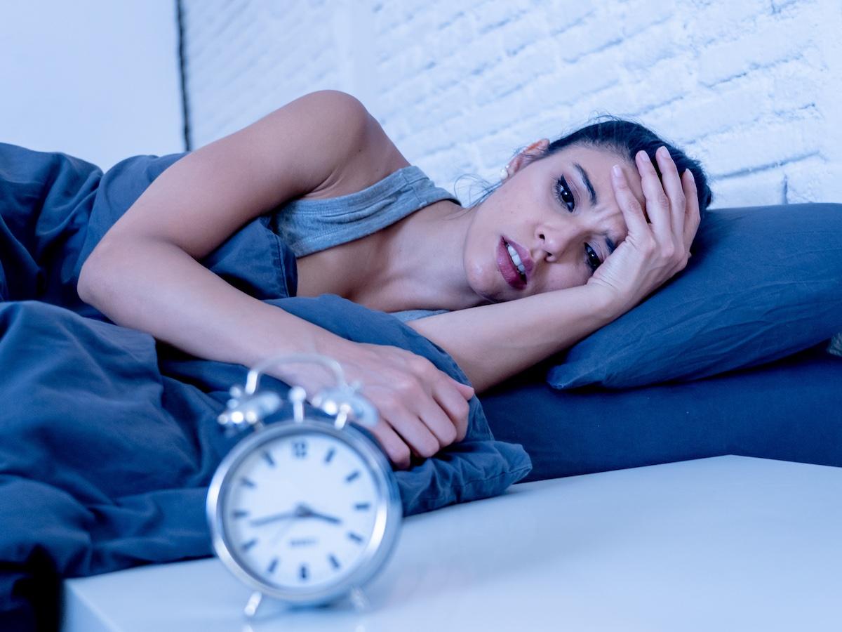 donna-stanca-con-insonnia