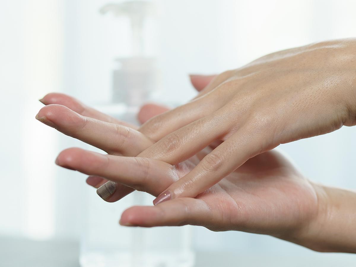 gel disinfettante mani secche
