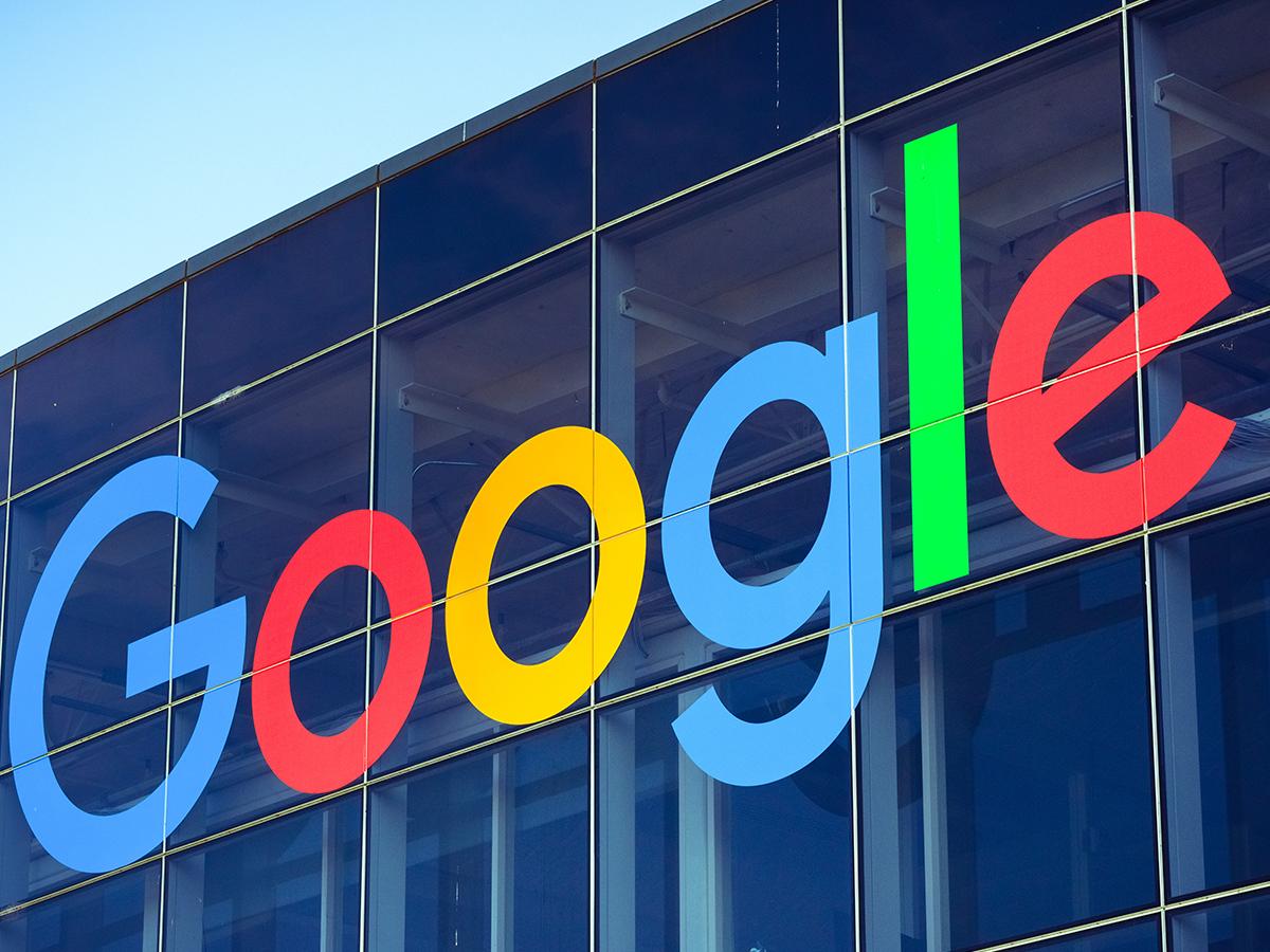 google acquista fitbit