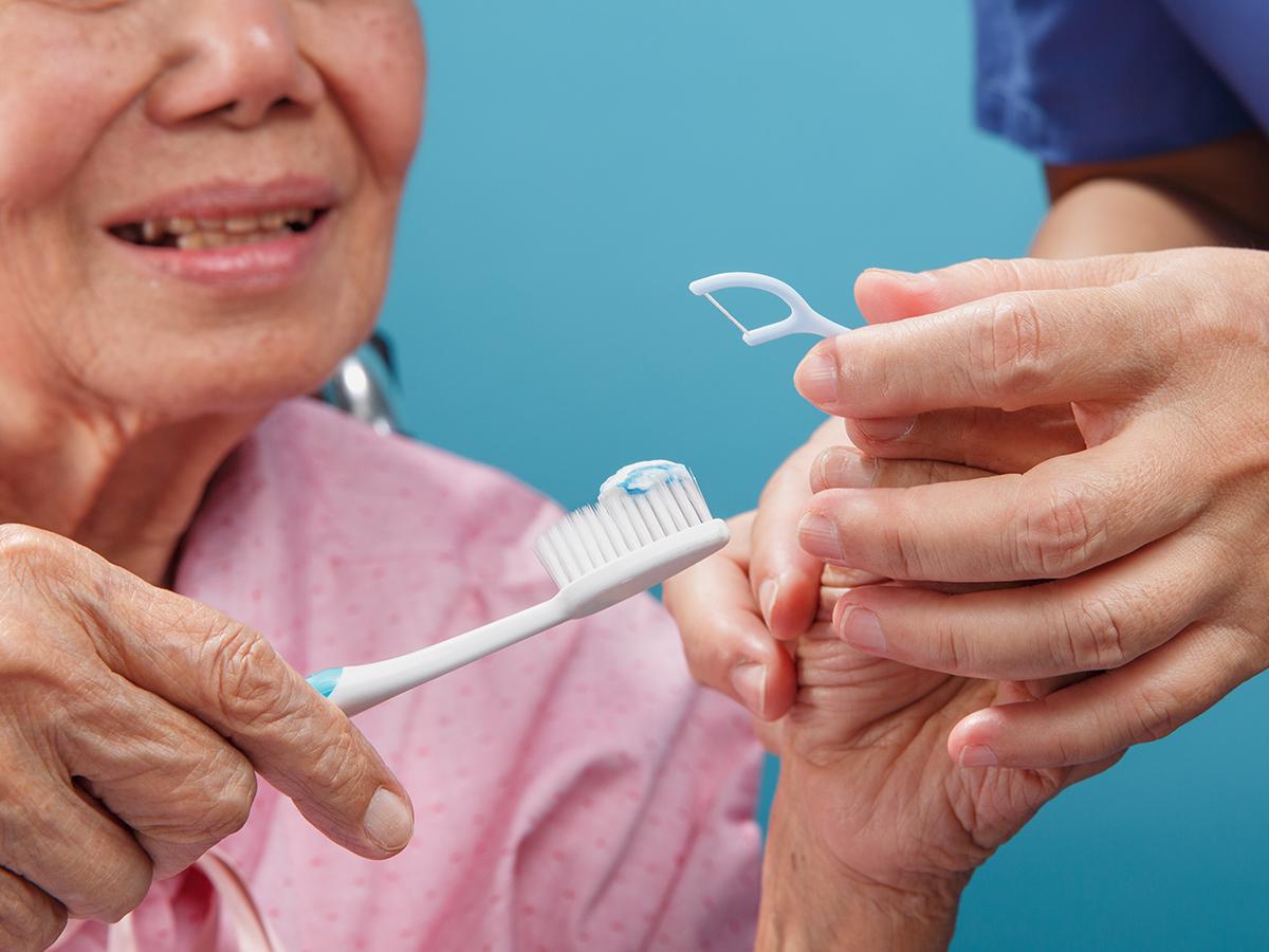 igiene orale paziente non autonomo